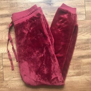 Gold Rush- Red Fuzzy Jogger Sweatpants (L)
